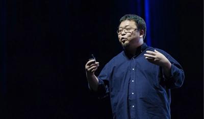 不賣手機賣拉桿箱,除了活著,羅永浩還能做啥?