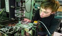 微软Project Silica二氧化硅项目实现数据存储玻璃并保存千年?