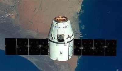星链卫星网络成功,马斯克通过卫星发送推文